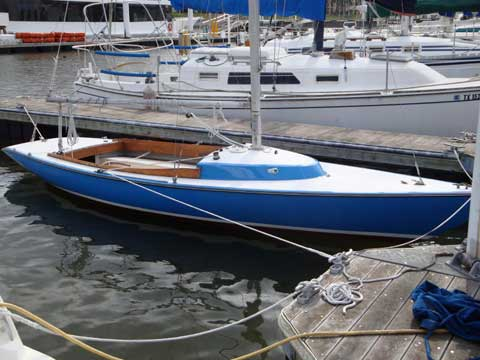 Luders 21 sailboat