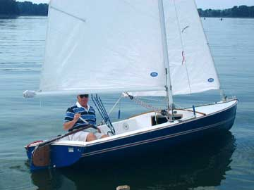 1973 Chrysler Mutineer sailboat